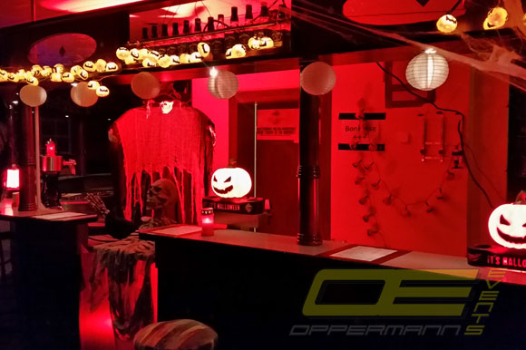 halloween deko mieten horrorparty dekoration von oppermann events. Black Bedroom Furniture Sets. Home Design Ideas