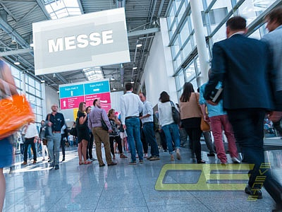 Messe - Messe Event - Messeparty - Messestand - Eventmodule, Simulatoren und Event Equipment für Ihren Messeauftritt mieten